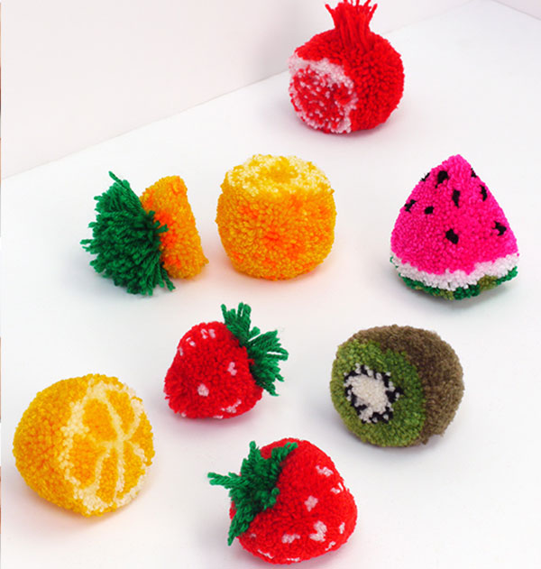 Идеи игрушек из помпонов с рисунками