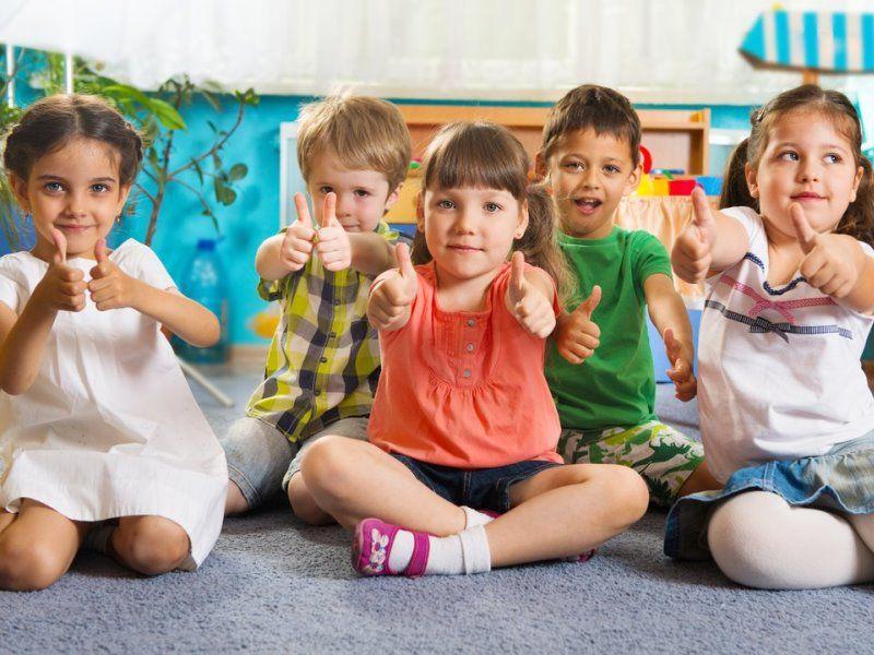"""Сценарий игровой программы для детей 2-4 лет """"Вот какие мы большие"""": концертное мероприятние для детей"""