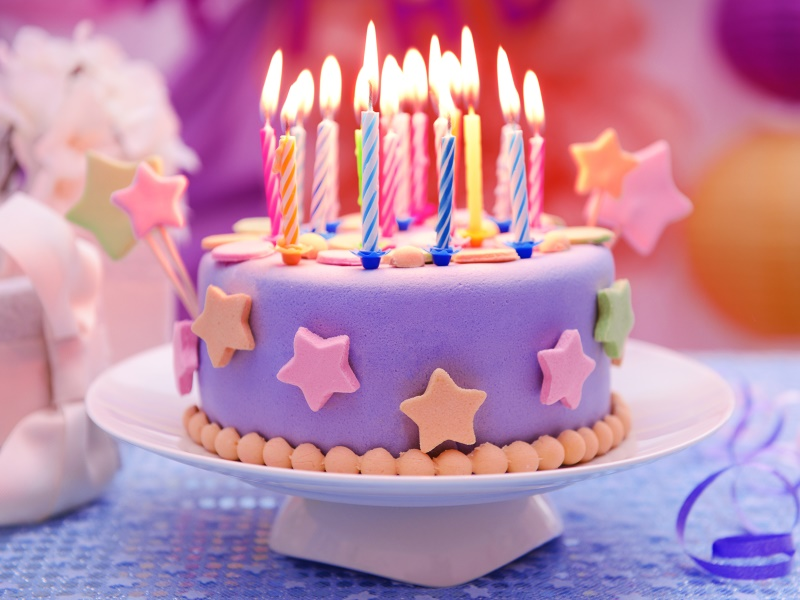 Торт на день рождения девочки: рецепты, варианты украшения