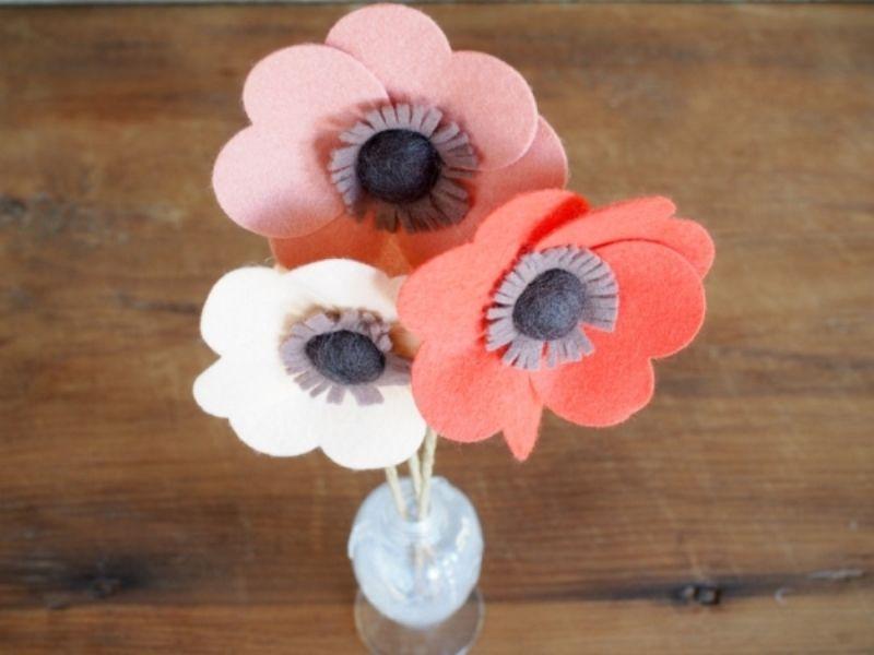 Цветы-валентинки из фетра
