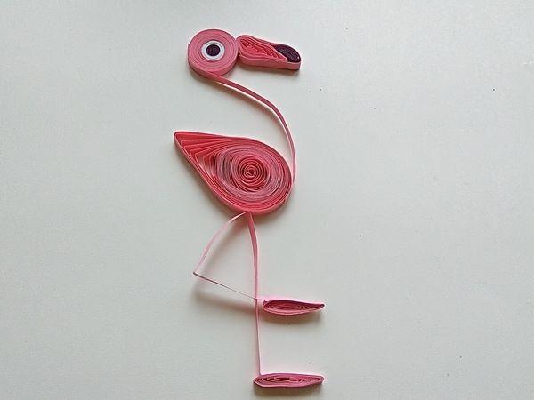 Простая поделка с технике квилинг для детей Фламинго