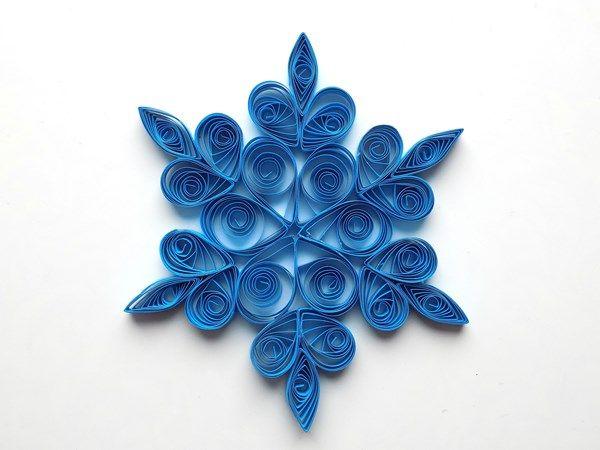 3D снежинка в технике квиллинг
