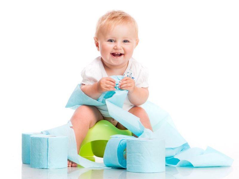 Как приучить ребенка к горшку: советы и правила