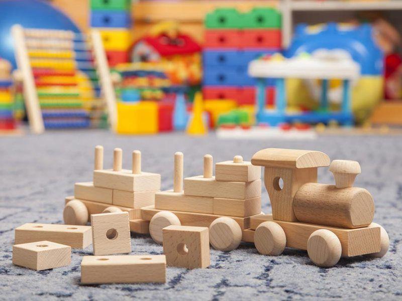 Как выбрать деревянные игрушки для детей