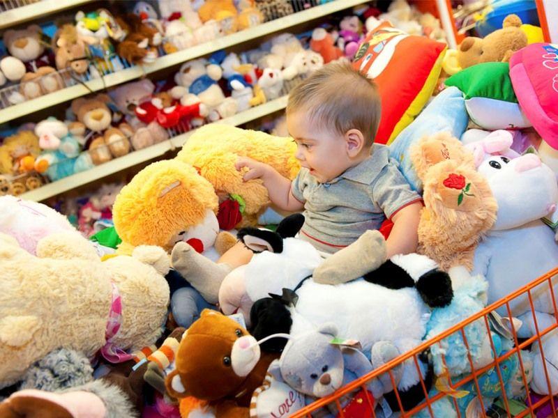 Выбираем мягкую игрушку малышу