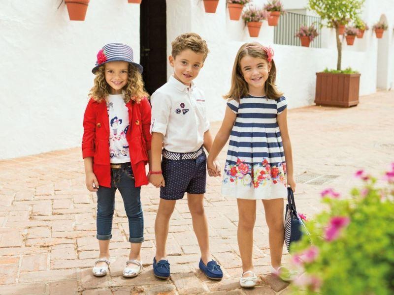 Какую одежду покупать ребенку на лето: одеваемся по возрасту с рождения до 10 лет