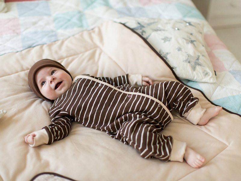 Пижама для грудничка: как выбрать удобную и безопасную