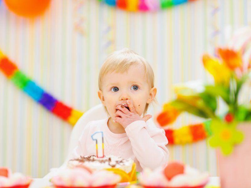 Что подарить ребенку 1 год