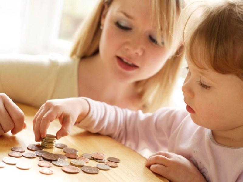 Как научить ребёнка правильно распоряжаться финансами