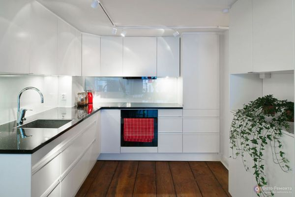 Кухни минимализм