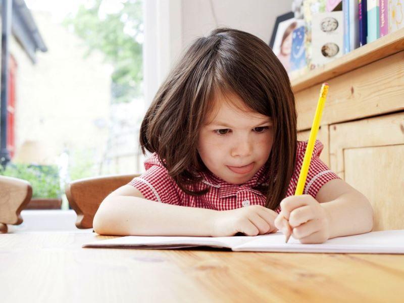 учить ребенка писать