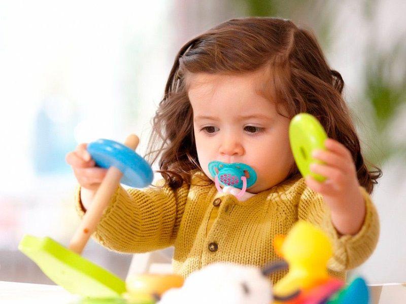 Чего нельзя делать, когда отучаем малыша от соски