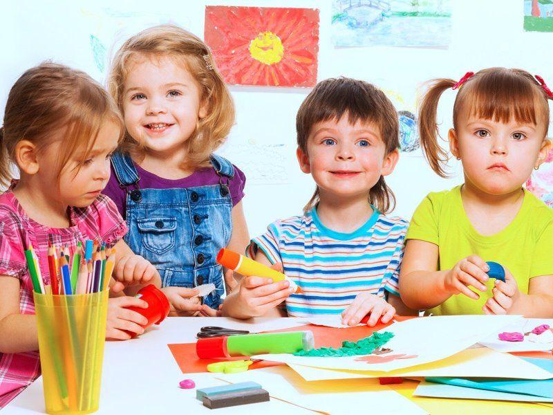 Чем рисовать ребенку в 2, 3, 4 года