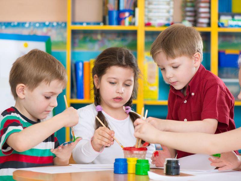 Готовимся к детскому саду: когда и как начинать