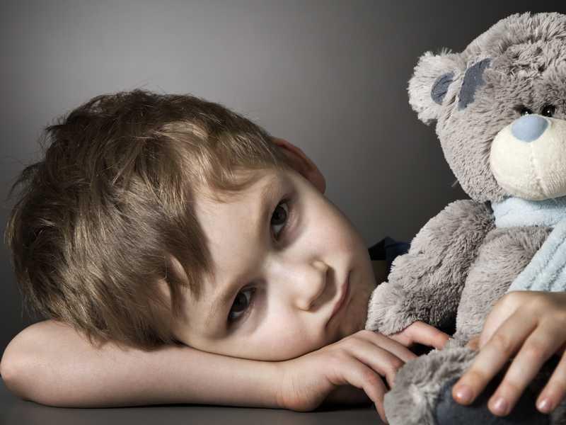 Инфантильность у ребенка: что делать и как распознать