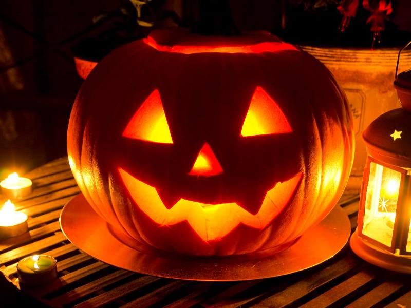 Как сделать тыкву-фонарь на Хэллоуин