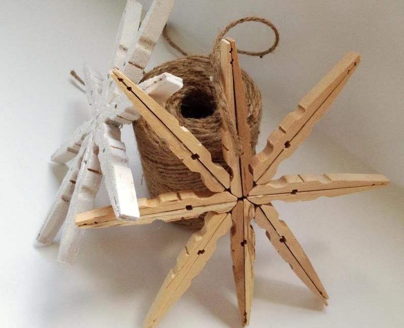 Игрушки на елку из прищепок