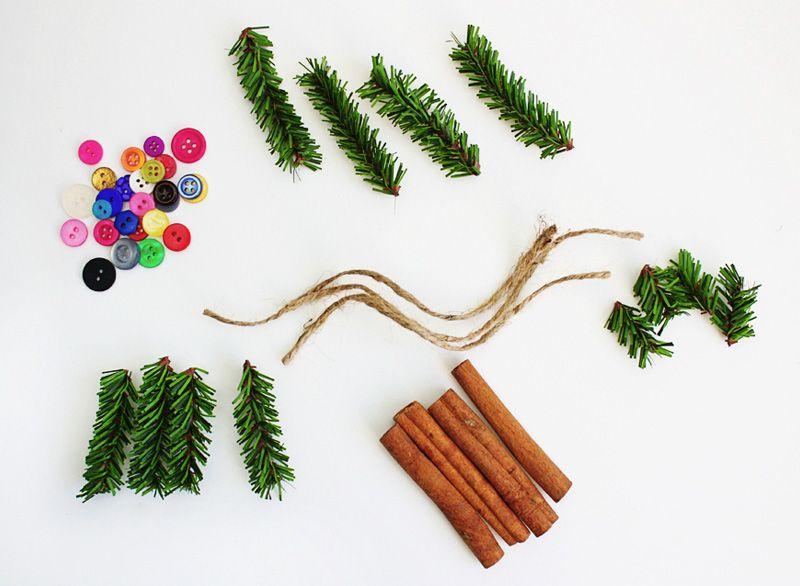 Елочные игрушки из палочек корицы